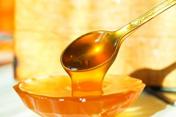 Жидкий теплый мед
