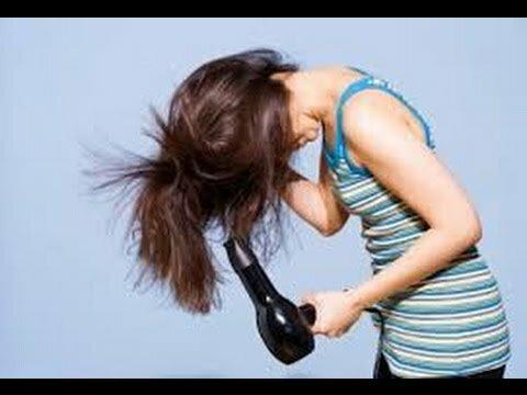 Сушите волосы феном