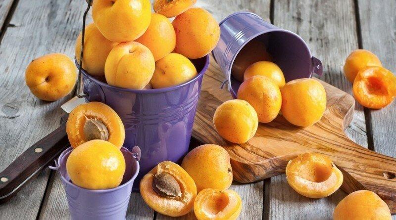 фрукты с косточками